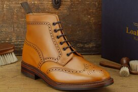 Loake Wolf Tan Size UK 9 Goodyear Welted Rubber Soles
