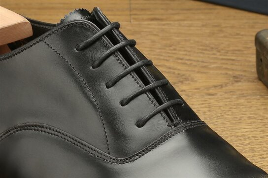 Loake Aldwych Black Size UK 9.5 Goodyear Welted