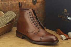 Loake Hyde Dark Brown Size UK 7.5 Goodyear Welted Rubber...