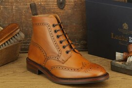 Loake Burford Tan Size UK 9.5 Goodyear Welted Rubber Soles