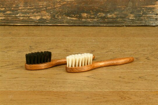 Langer & Messmer Premium Applicator Dark Horsehair Brush
