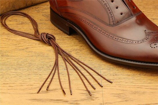 2 Pair Round Waxed Cotton Laces, 75 cm brown