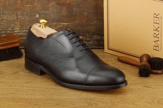 Barker Leeds Black Size UK 8 Goodyear Welted
