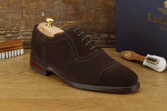Loake Fleet Dark Brown Suede Size UK 9 Goodyear Welted Rubber Soles