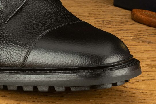 Loake Sedbergh Black Grain Goodyear Welted Rubber Soles