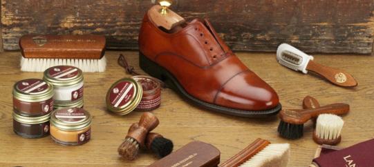 Loake Und Barker Schuhe Englische Tradition Bei Langer Messmer